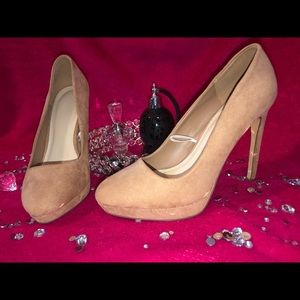 Forever 21 Tan Suede Heel - Fits Like Size 8.5